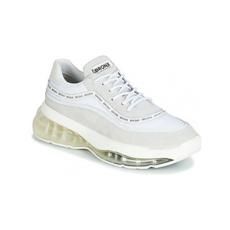 Bronx BUBBLY women's Shoes (Trainers) in White