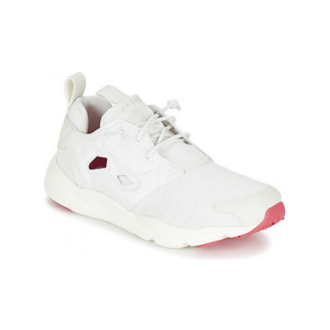 Reebok Classic FURYLITE SOLE women's Shoes (Trainers) in White