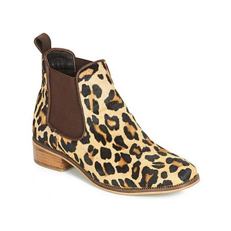 Ravel GISBORNE women's Mid Boots in Beige