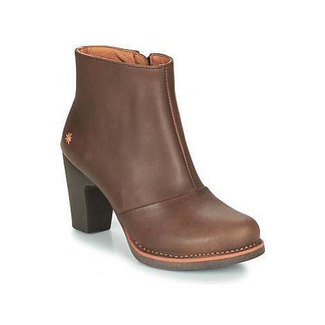 Art GRAN VIA women's Low Ankle Boots in Brown
