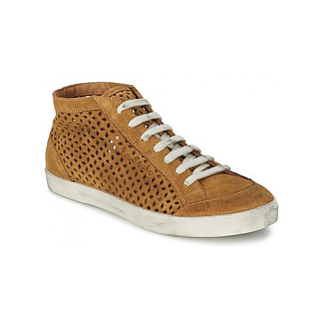 Catarina Martins VANESSA women's Shoes (High-top Trainers) in Brown