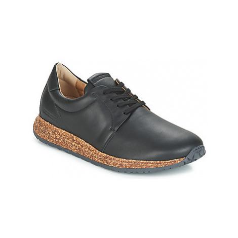 Birkenstock WRIGLEY men's Shoes (Trainers) in Black