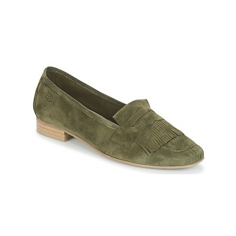 Betty London INKABO women's Loafers / Casual Shoes in Green