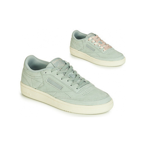 Reebok Classic CLUB C 85 women's Shoes (Trainers) in Blue