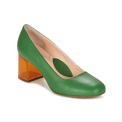 Miss L'Fire MONEYPENNY women's Sandals in Green