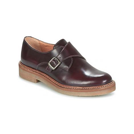 Women's shoes KicKers