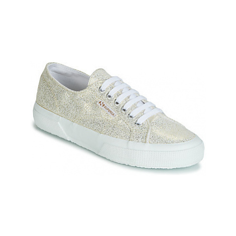 Superga 2750 JERSEY FROST LAME W women's Shoes (Trainers) in Gold