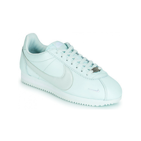Nike CLASSIC CORTEZ PREMIUM W women's Shoes (Trainers) in Green