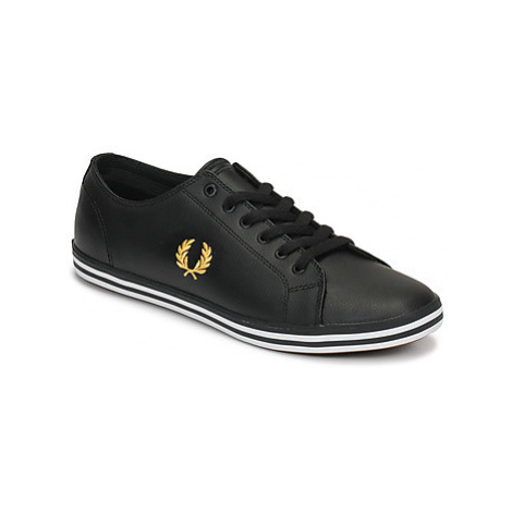 Fred Perry KINGSTON LEATHER men's Shoes (Trainers) in Black