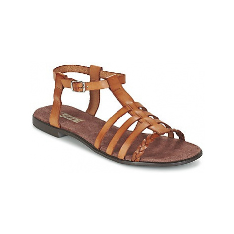 So Size MILAGRO women's Sandals in Brown