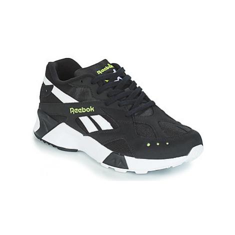 Reebok Classic AZTREK men's Shoes (Trainers) in Black