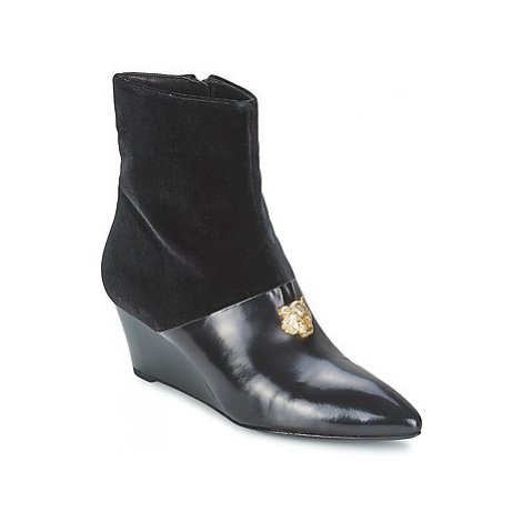 Kenzo 2WB420-DECO women's Low Ankle Boots in Black