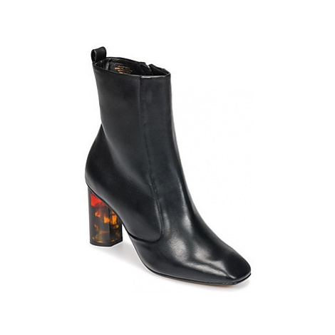 KG by Kurt Geiger STRIDE women's Low Ankle Boots in Black KG Kurt Geiger