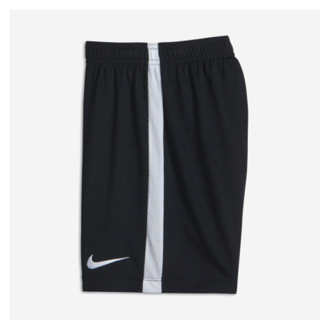 Nike Dri-FIT Academy Older Kids' Football Shorts - Black