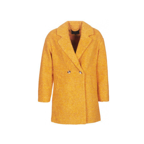 Only ONLNINA women's Coat in Yellow