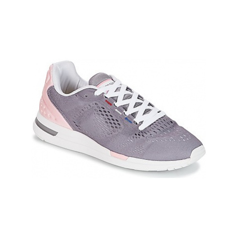 Le Coq Sportif LCS R PRO W ENGINEERED MESH women's Shoes (Trainers) in Purple