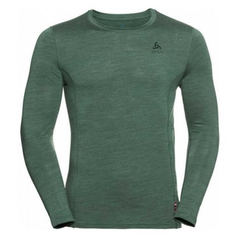 Green men's thermal tops