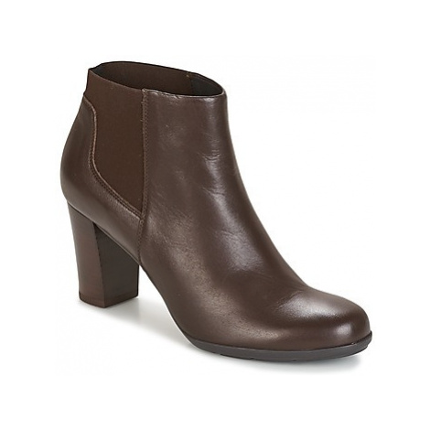 Geox D ANNYA women's Low Ankle Boots in Brown