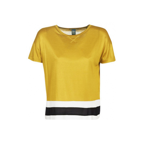 Maison Scotch CROPPED SHORT SLEEVE TEE WITH RIB BOTTOM HEM women's Blouse in Yellow Scotch & Soda