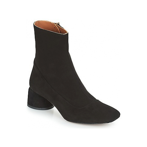 Castaner LETO women's Low Ankle Boots in Black Castañer