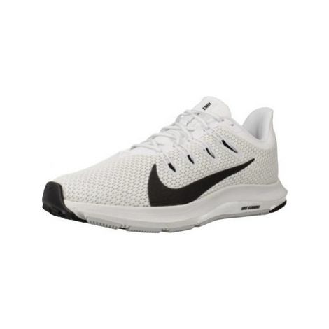 Nike QUEST 2 FA19 women's Shoes (Trainers) in White