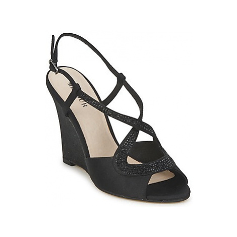 Menbur TUNDER women's Sandals in Black