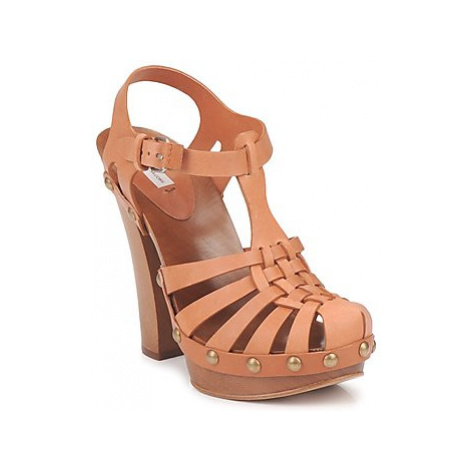 Marc Jacobs MJ18051 women's Sandals in Beige