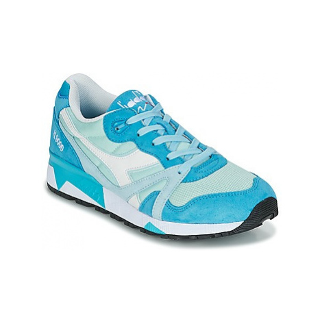 Diadora N9000 III women's Shoes (Trainers) in Blue