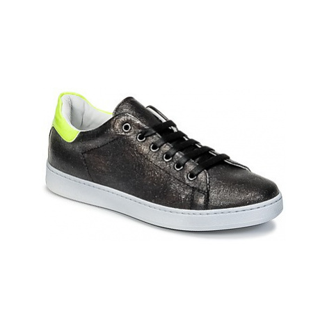 Young Elegant People EDENI girls's Children's Shoes (Trainers) in Black