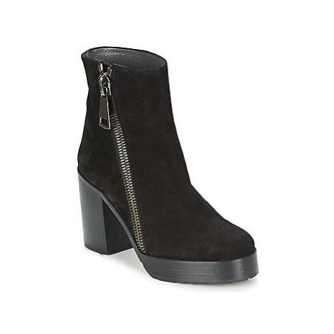 Stéphane Kelian DANA 4 women's Low Ankle Boots in Black