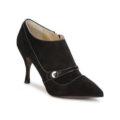 Marc Jacobs MJ19138 women's Low Boots in Black