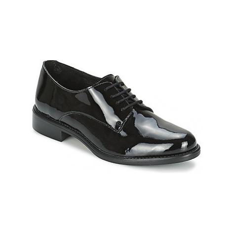 Betty London CAXO women's Casual Shoes in Black