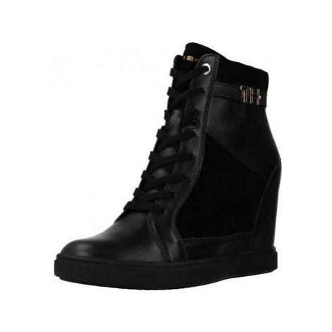 Tommy Hilfiger HARDWARE women's Shoes (High-top Trainers) in Black