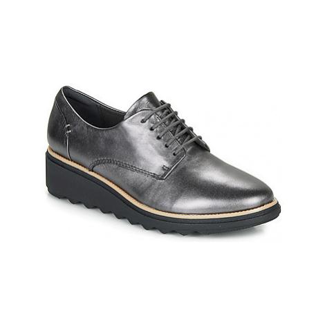 Clarks SHARON NOEL women's Casual Shoes in Silver