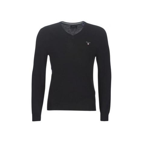 Gant SUPERFINE LAMBSWOOL V NECK men's Sweater in Black