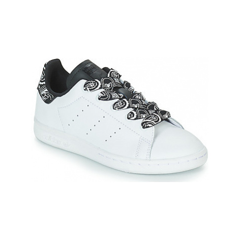 Adidas STAN SMITH C girls's Children's Shoes (Trainers) in White