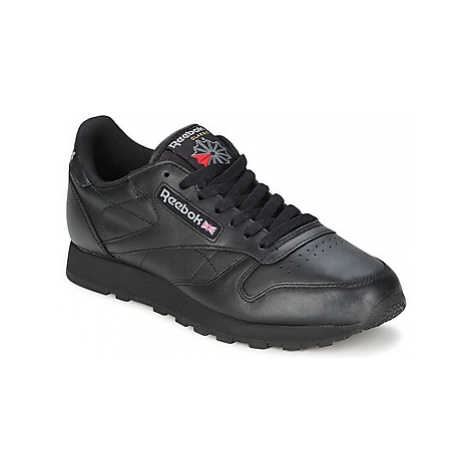 Reebok Classic CL LTHR women's Shoes (Trainers) in Black