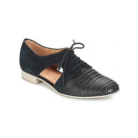 Karston JOCANE women's Casual Shoes in Black