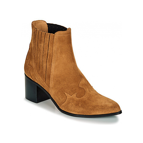Emma Go BROOKLYN women's Low Ankle Boots in Brown