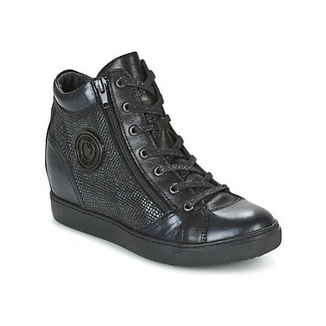 Pataugas KAY women's Shoes (High-top Trainers) in Black