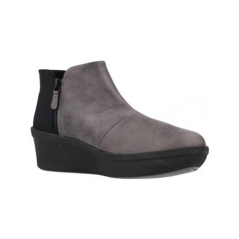 Clarks STEP ROSE UP women's Low Ankle Boots in Grey