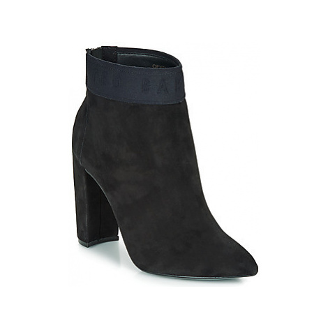 Ted Baker PRENOM women's Low Ankle Boots in Black