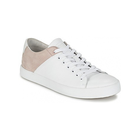 Blackstone NL22 women's Shoes (Trainers) in White