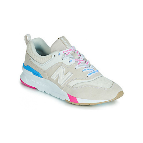 New Balance 997 women's Shoes (Trainers) in Beige