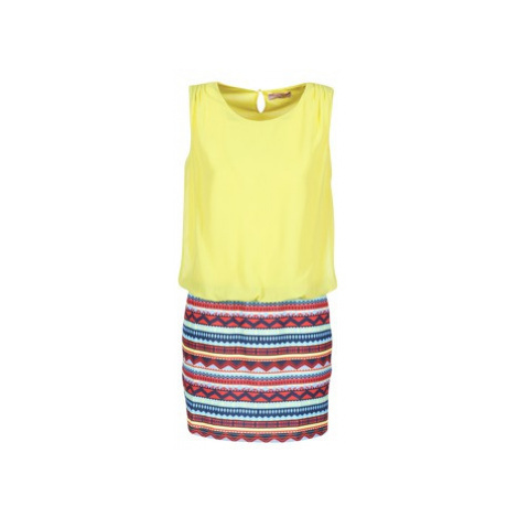 Moony Mood IEVELI women's Dress in Yellow