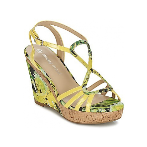 Moony Mood ETERILE women's Sandals in Yellow