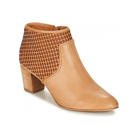Un Matin d'Ete HANNA women's Low Ankle Boots in Brown