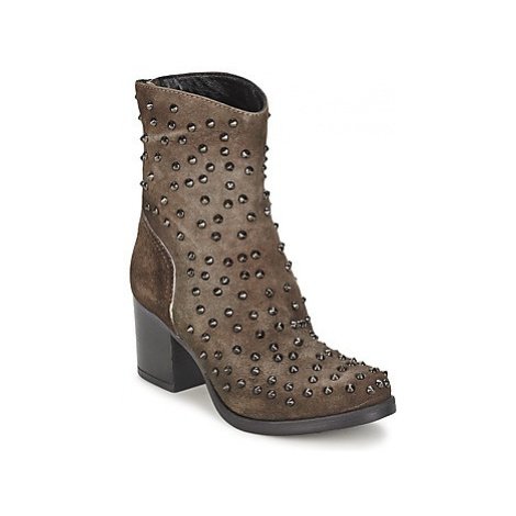 Fornarina DORY women's Low Ankle Boots in Brown