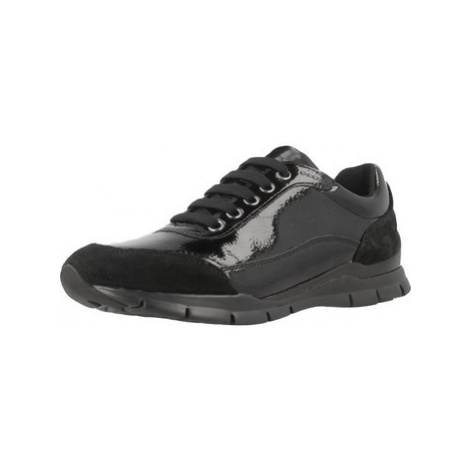 Geox D SUKIE B women's Shoes (Trainers) in Black