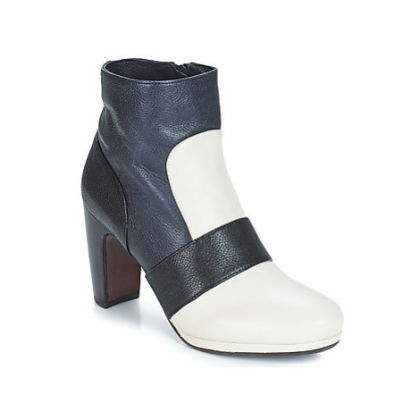 Chie Mihara - women's Low Ankle Boots in White